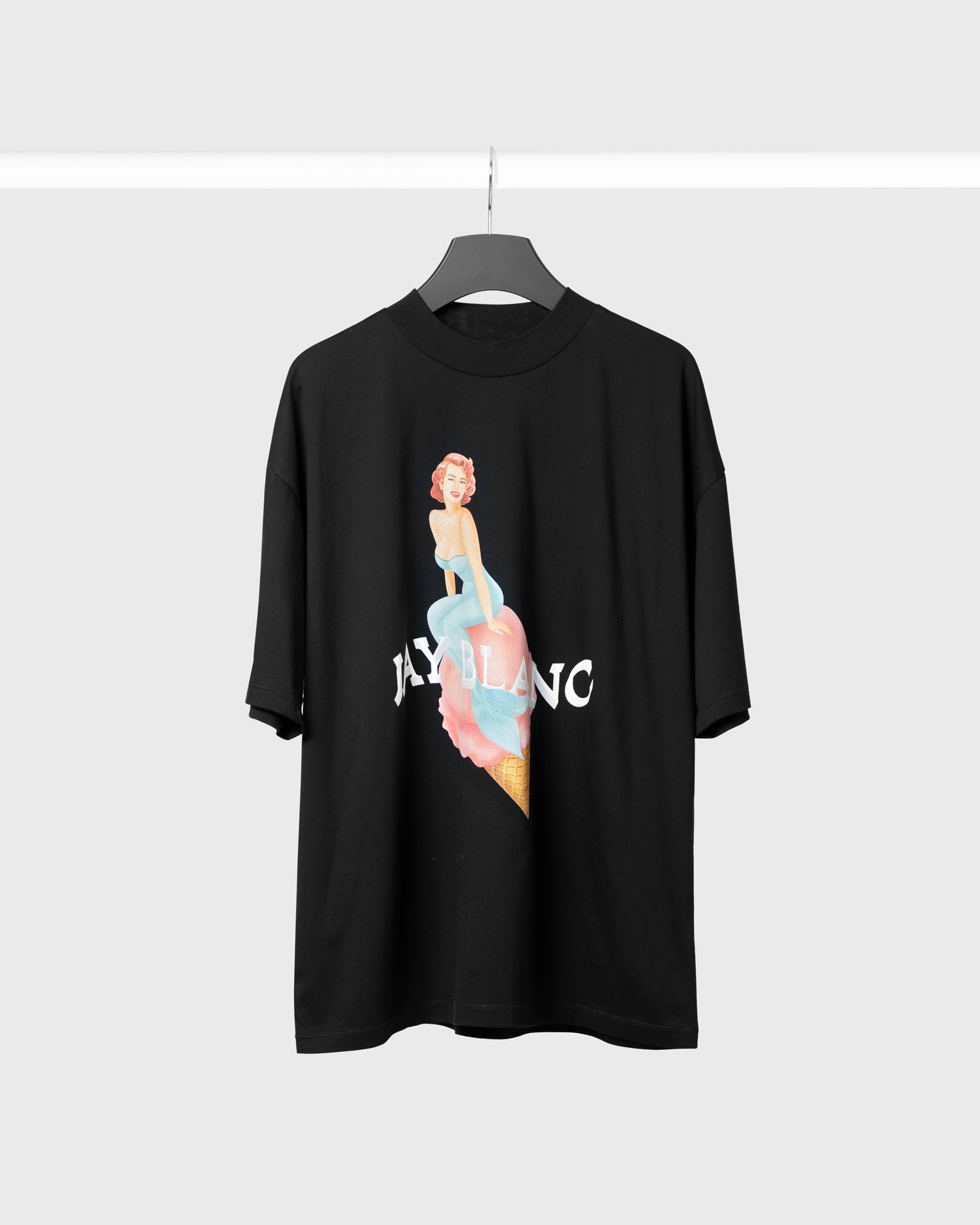 Oversized black t-shirt with ice cream print by jay blanc made in berlin